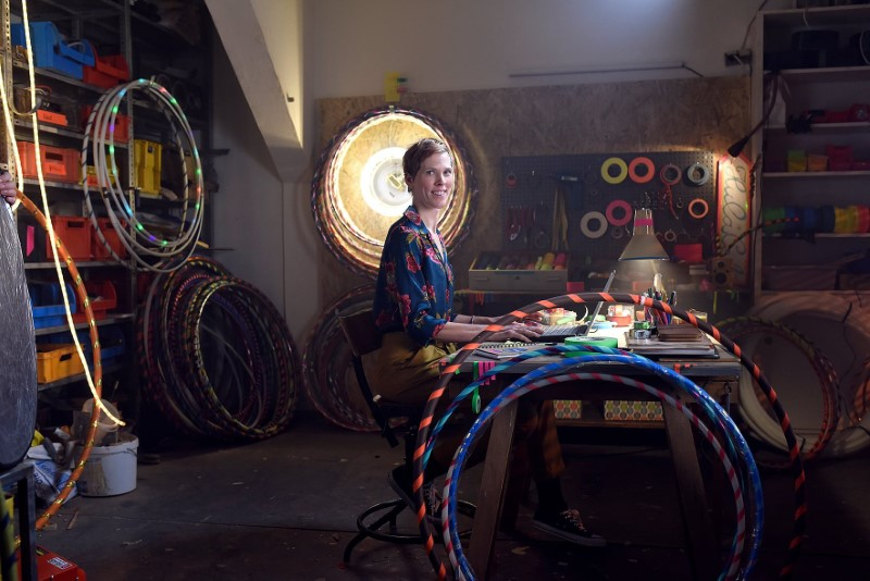 Nina Stricker in her hula hoop workshop